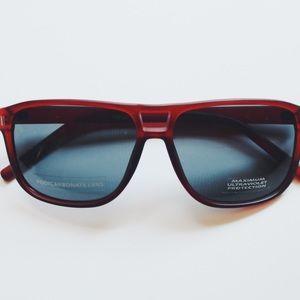 Accessories - NWOT sunglasses.